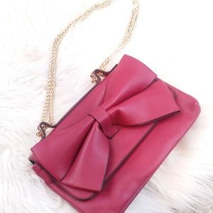 Bow Purse with Gold Chain